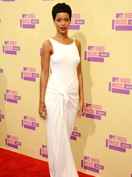 Rihanna arrives at the MTV VMA 2012 Awards