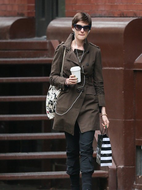anne hathaway casual style - photo #20