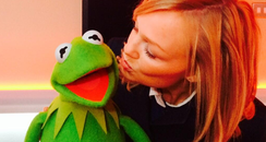 Emma Bunton kisses Kermit The Frog