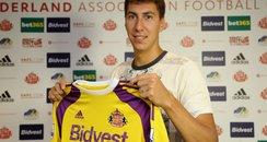 Costel Pantilimon signs for Sunderland AFC
