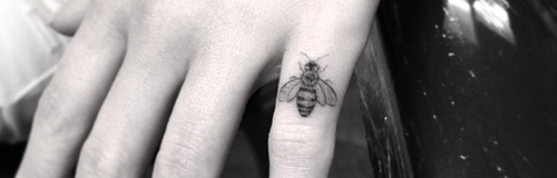 Emilia Clarke's new bee tattoo