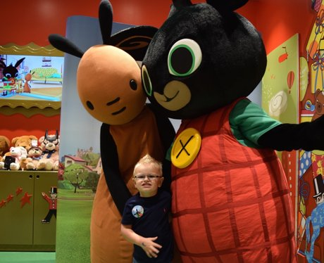 Bing and Flop Visit Hamleys intu Lakeside